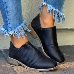 Gray Slashed Distressed Chelsea Ankle Bootie